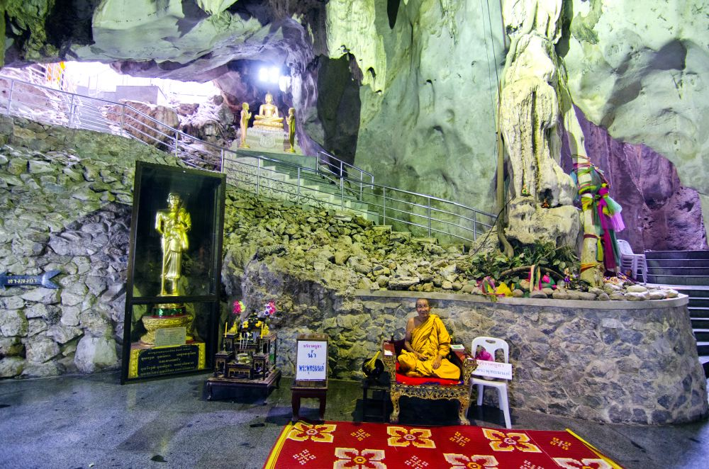 THAILAND CAVES_17