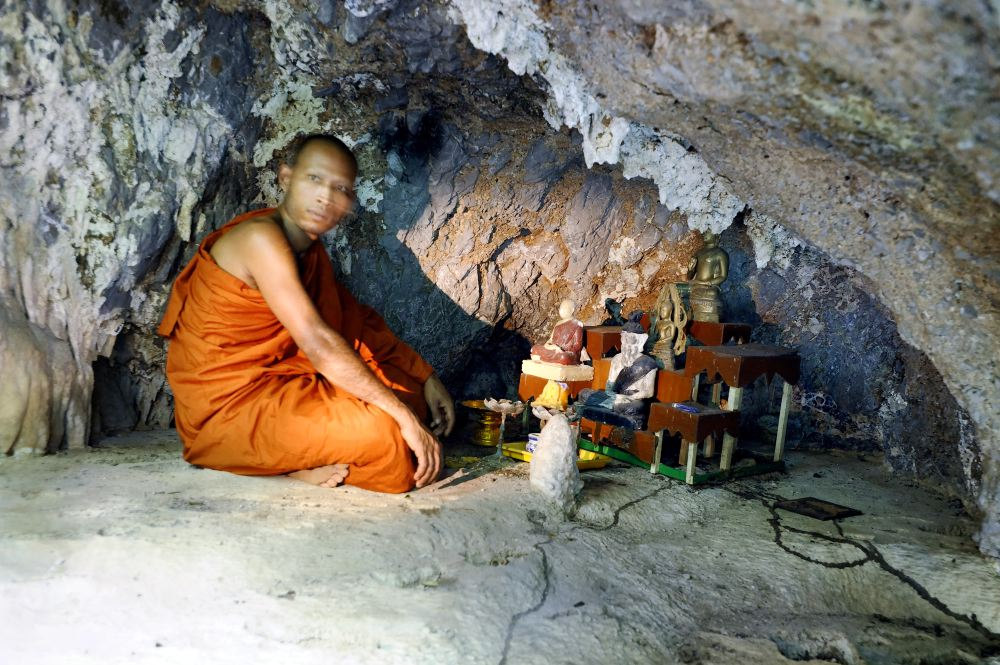 THAILAND CAVES_08