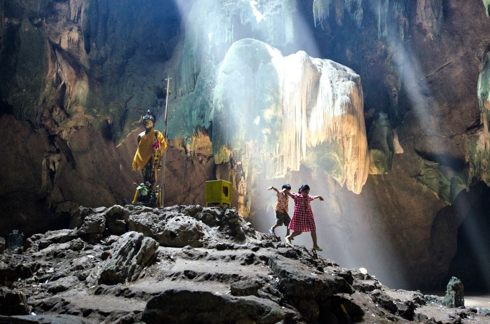 THAILAND CAVES_11